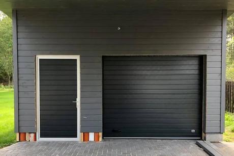 Sānu durvis